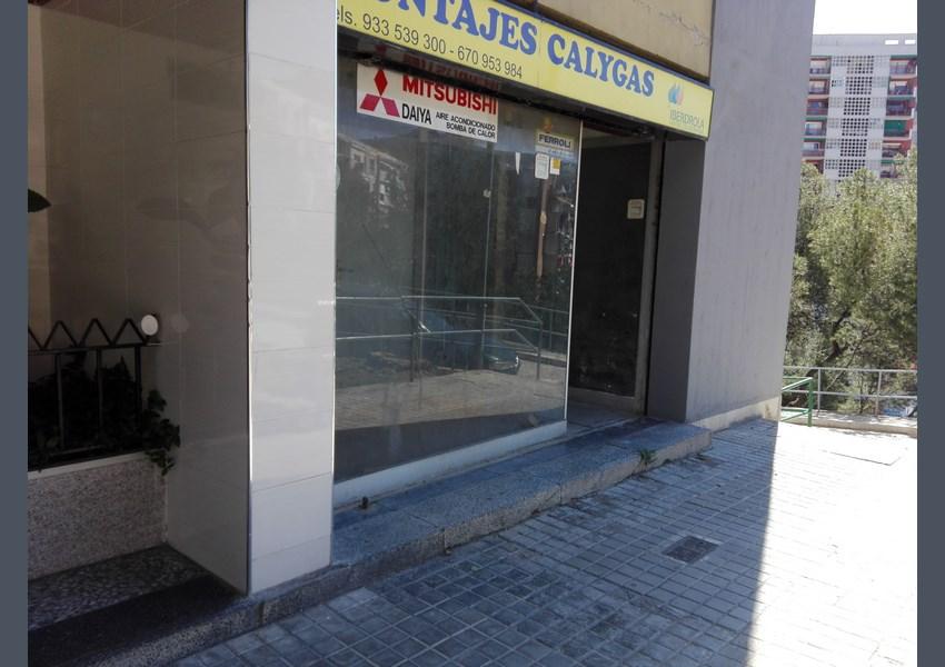Lloguer local comercial a barcelona nou barris ciutat for Oficina habitatge eixample